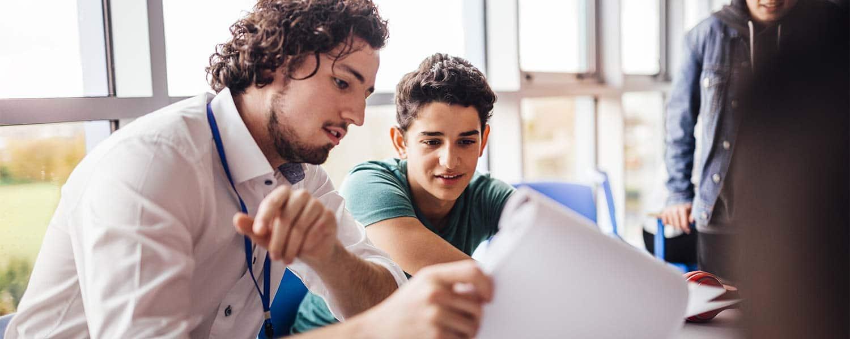 ¡Estudiante, recuerda que la Universidad te ofrece el programa de tutoría!