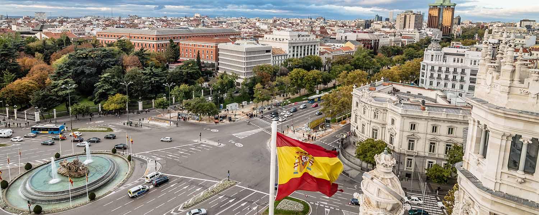 ¡Fundación Carolina ofrece 650 becas para estudiar en España!