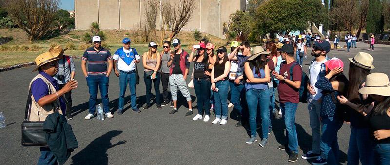 Estudiantes gira en México