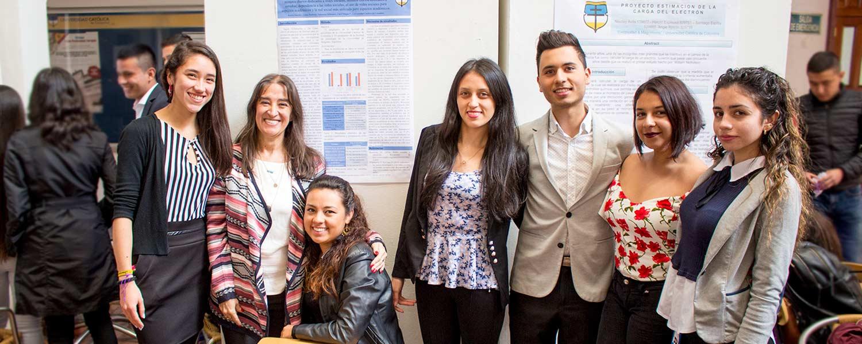 """""""Redes Sociales"""" tema central del proyecto realizado con la U. de Belgrano"""