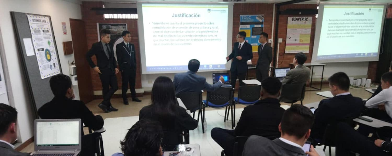 Más de 400 estudiantes de Ingeniería, presentaron sus proyectos integradores