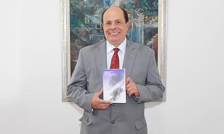 Decano de Derecho, Germán Silva